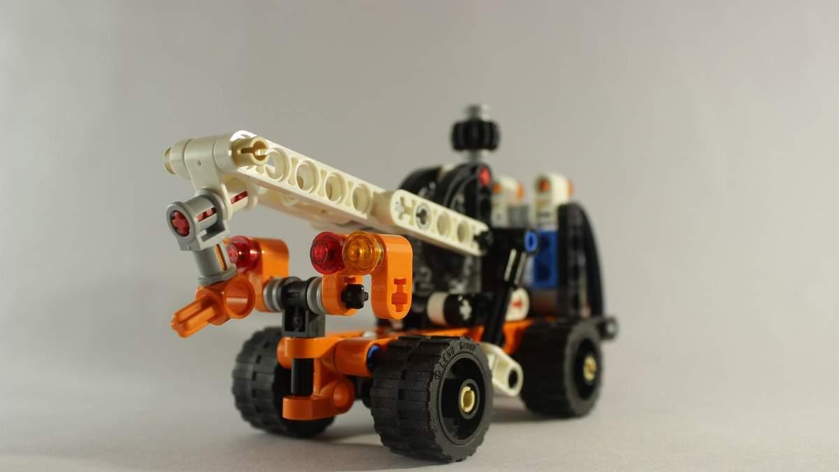 Игрушечные автомобили LEGO