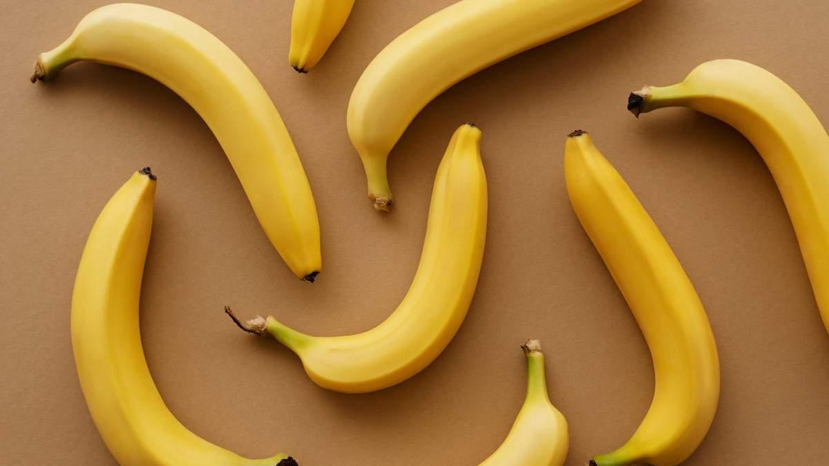 Щоб банани не чорніли: 2 робочих лайфхаки, як зберігати зелені та стиглі плоди