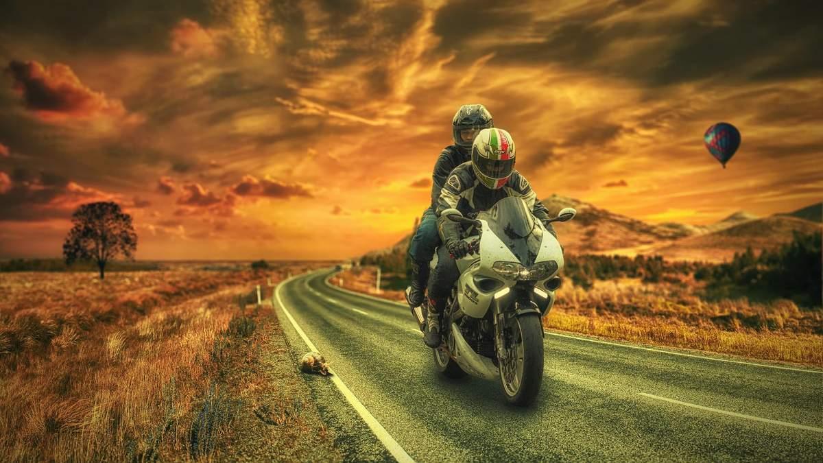 Коли мотоцикл дає прибуток: 4 ідеї, які допоможуть заробити байкерам