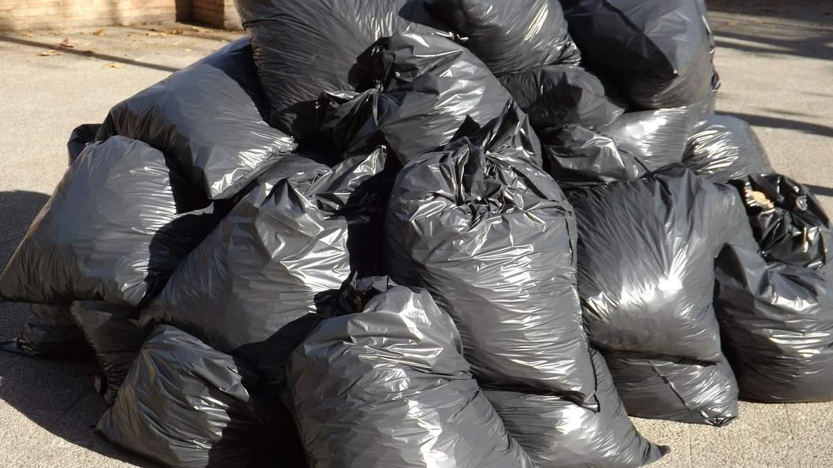 Поради, як виносити сміття рідше