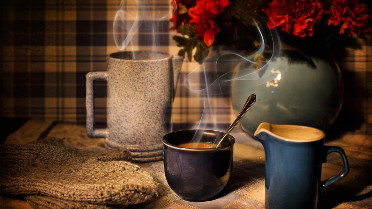 Як заварити каву в чашці