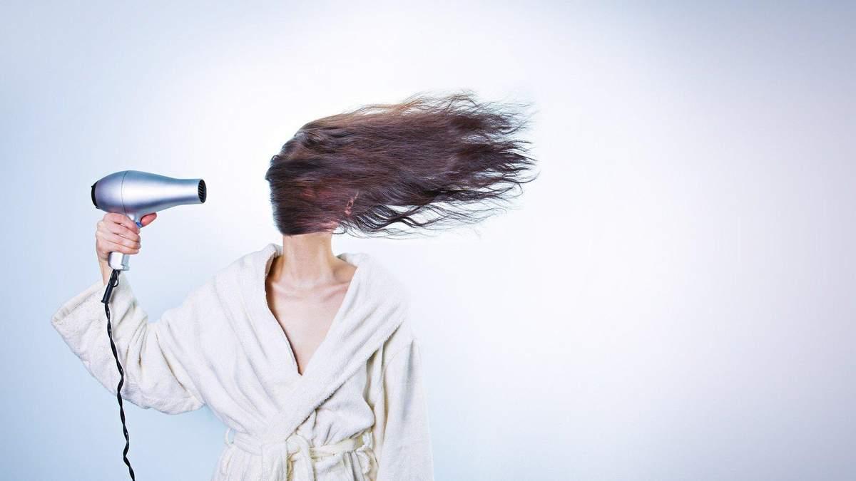 Фен може все: 7 незвичних способів застосування знайомого приладу
