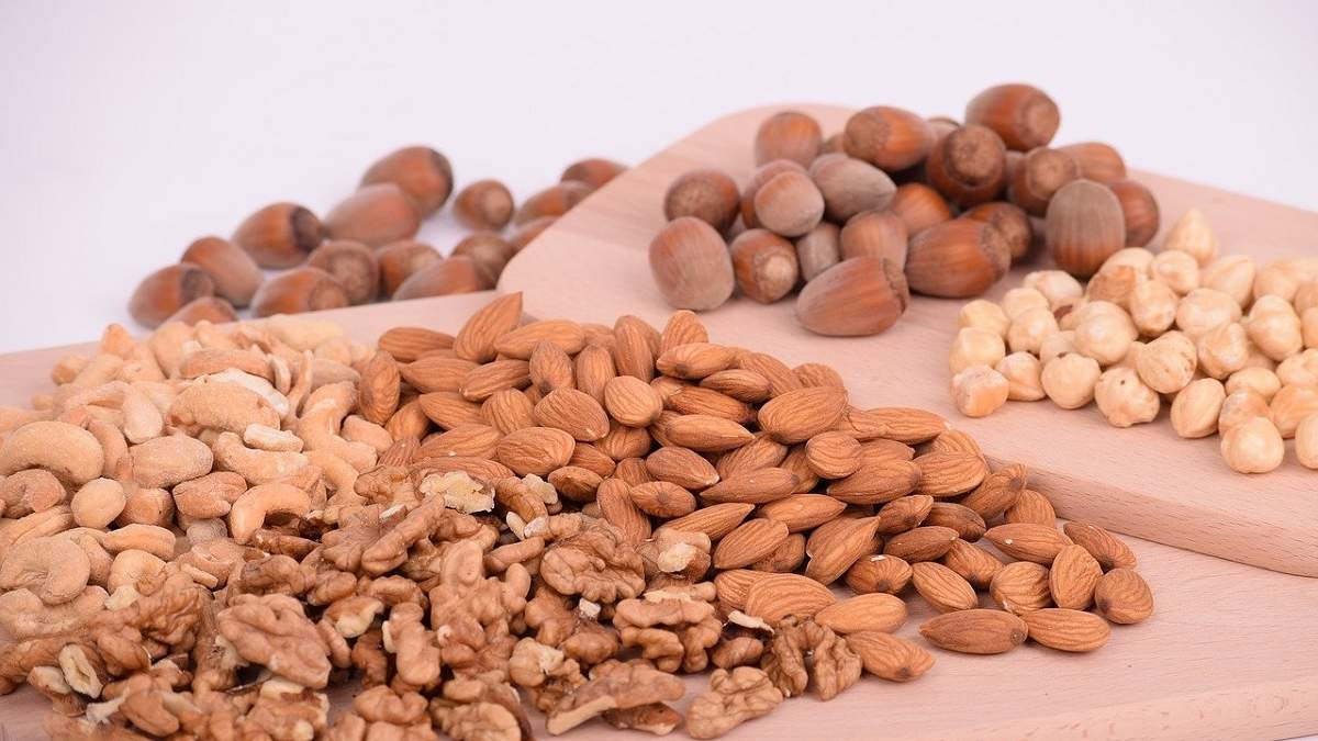Смачно та корисно: як правильно вибирати та зберігати горіхи - Ідеї