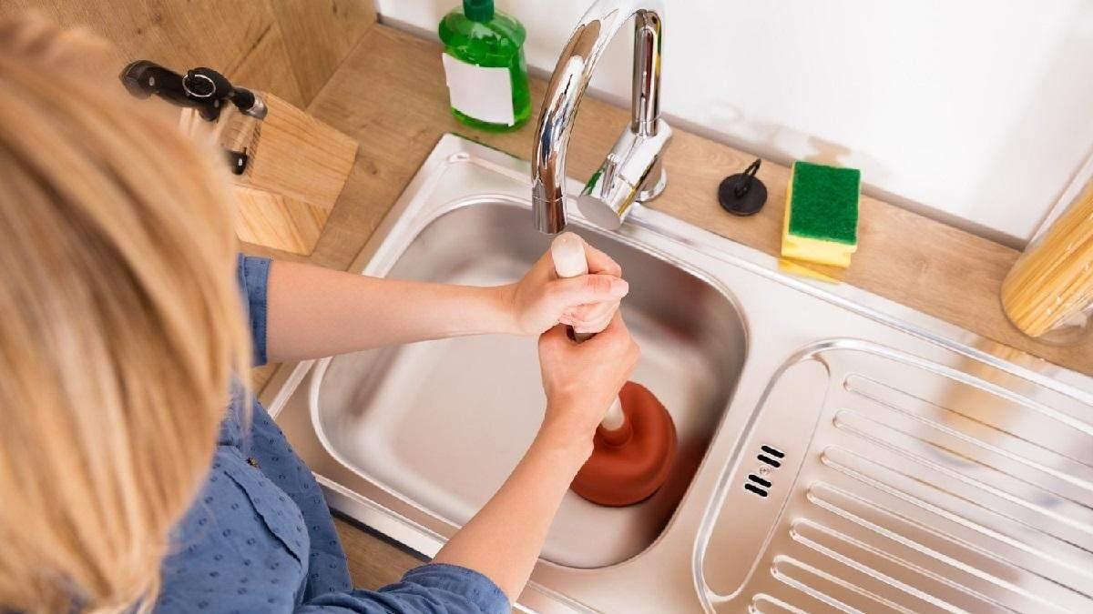 Ніколи не кидайте ці продукти до каналізації