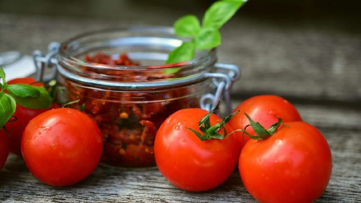 Мариновані помідори за 15 хвилин