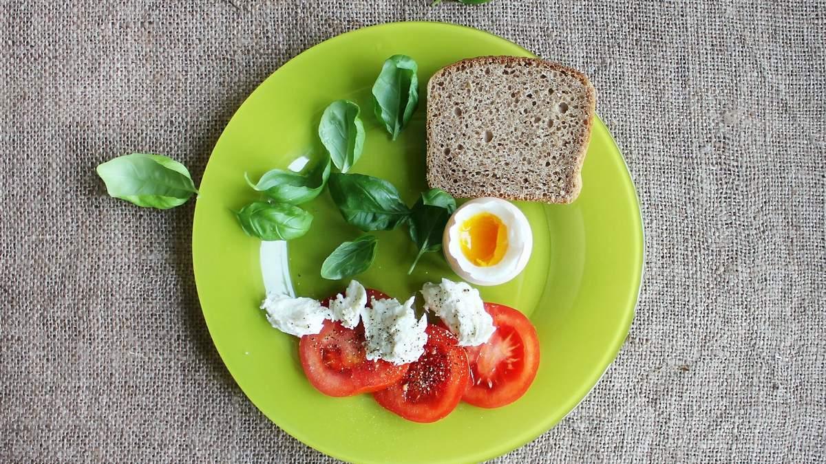 Післявихідний день: як прийти у форму та що їсти після вечірки