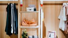 Як навести лад у шафі, щоб стало більше місця: покрокова інструкція