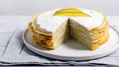 Блинный торт с кремом: низкокалорийный десерт, который не повредит фигуре