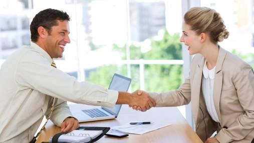 10 дратівливих фраз, які не варто казати колегам