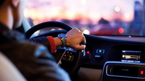 Як не заснути за кермом: 8 порад водіям