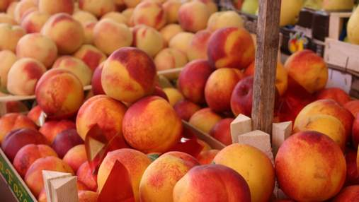 Як обрати солодкі та соковиті персики: корисні поради