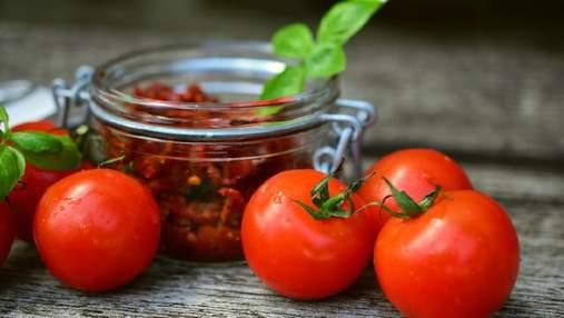 Смачнюща закуска з помідорів за 15 хвилин: простий рецепт