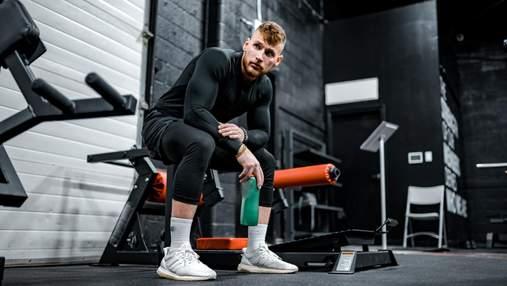 Як почати займатися спортом новачкам: тренер наочно показав спрощені вправи